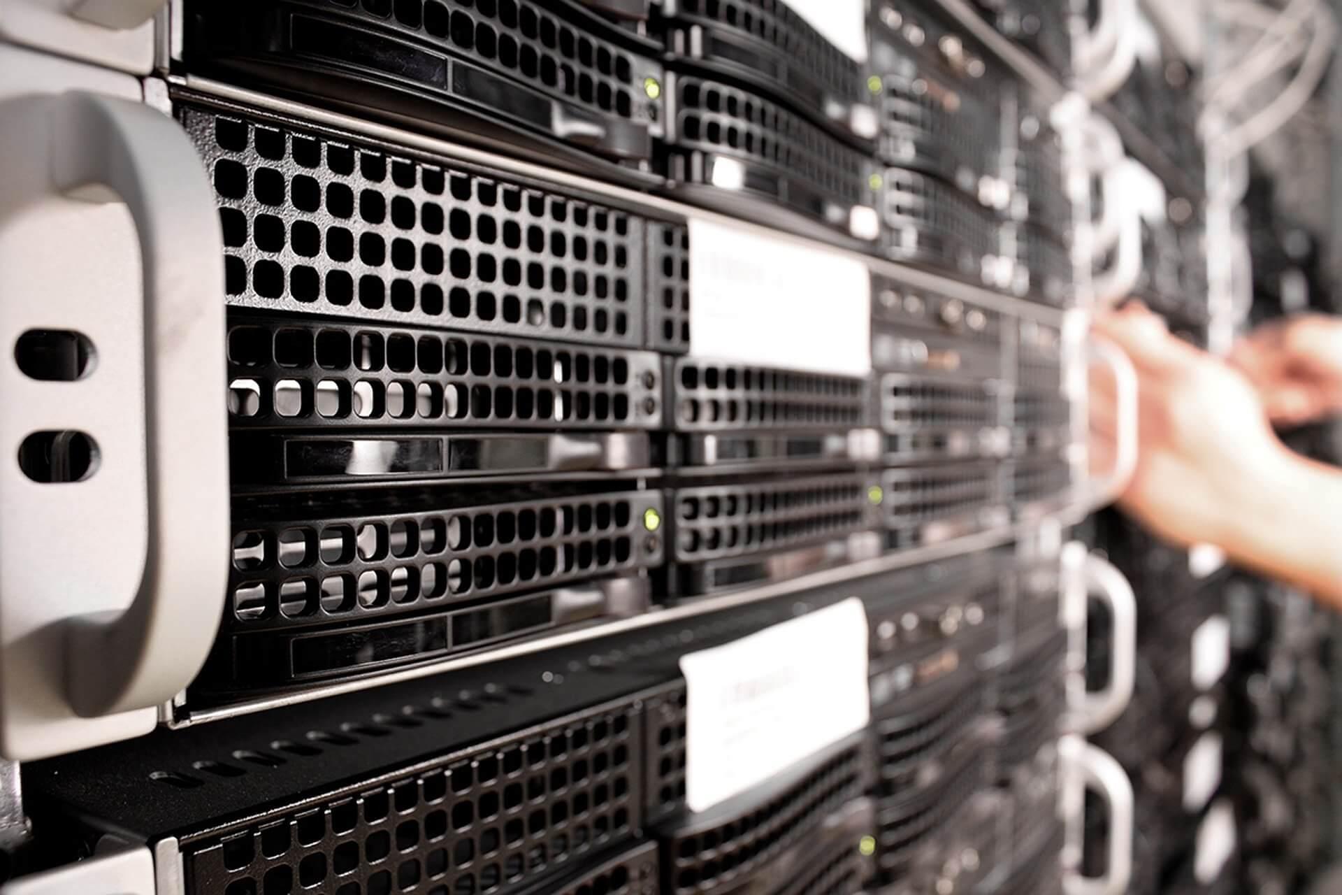 Servidors dades dominis, IPGRUP